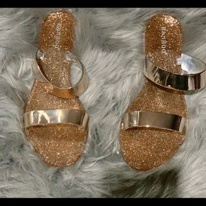 BAMBOO Shoes - Bamboo gold Glitter Metallic Jelly Sandals Size 7